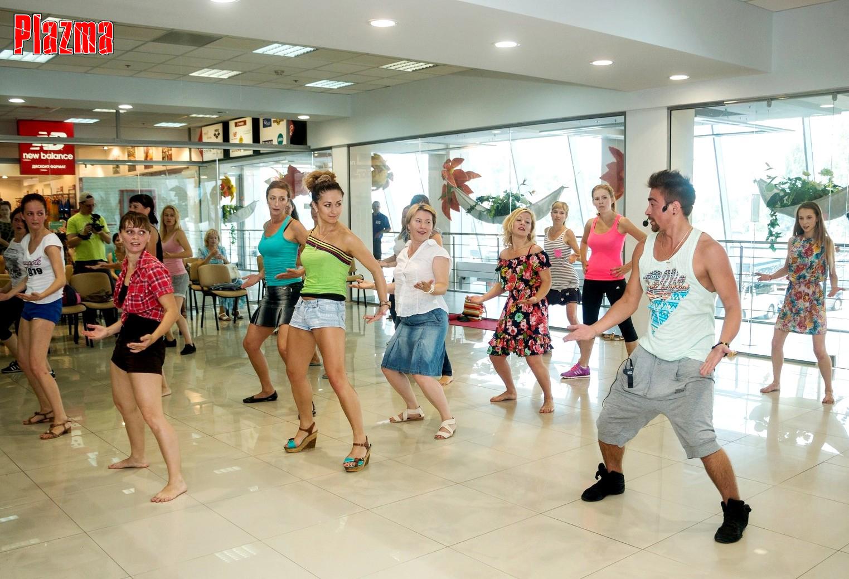 26.07 - DANCE-style на фестивале PLAZMA SPORT TRENDS ТРК Plazma ... 8b5737e99ba0e